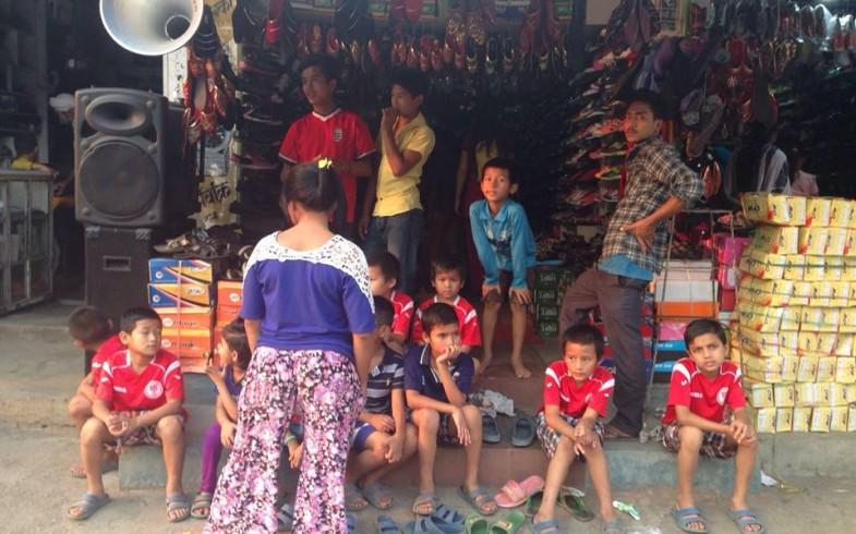 Proyecto Educativo en marcha…de compras