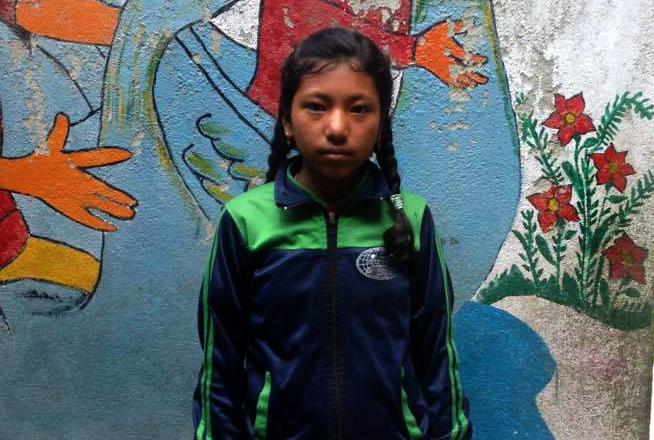 Nirjala, nuestra primera joven becada!
